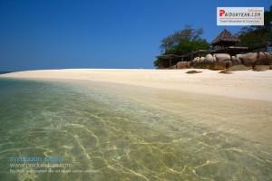 <b>พาใจไปพัก  สัมผัสหาดทรายขาว น้ำทะเลใส ที่เกาะมันนอก</b>