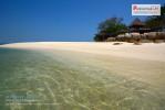 พาใจไปพัก  สัมผัสหาดทรายขาว น้ำทะเลใส ที่เกาะมันนอก
